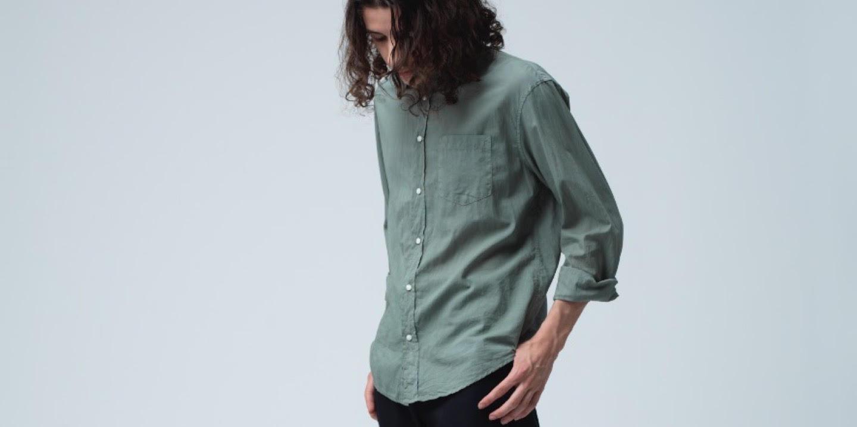 ダークトーンのシャツを<br>爽やかに着こなそう!